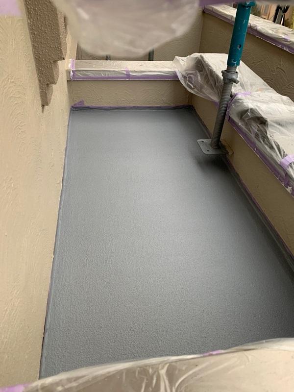 東京都国立市 屋根カバー工法(重ね葺き工事) 防水工事 バルコニー ウレタン防水 (7)1