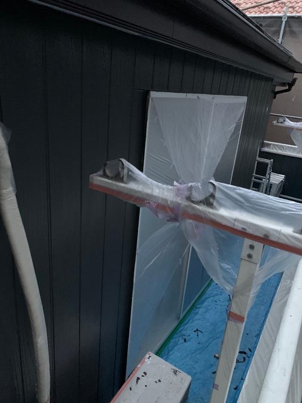 東京都立川市 外壁塗装 屋根塗装 中塗り・上塗り 光触媒塗料 (6)