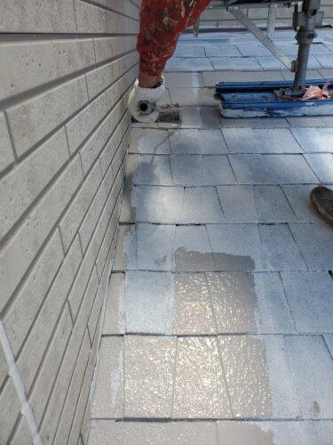 下屋根の塗装の画像